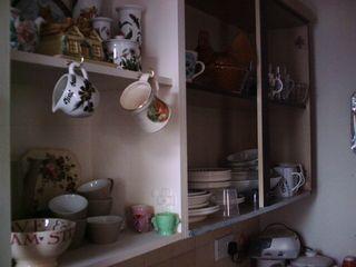 Kitchen cupboards 004