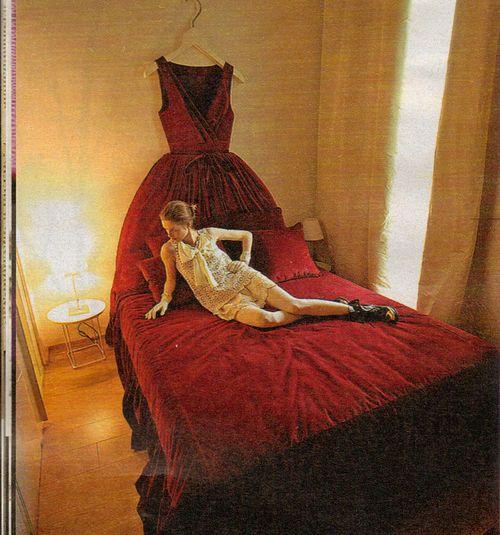 Ballgown bed